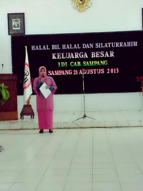 Pertemuan halal bi halal keluarga besar IDI Sampang